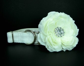 Wedding dog collar-White  Dog Collar with flower set  (Mini,X-Small,Small,Medium ,Large or X-Large Size)- Adjustable