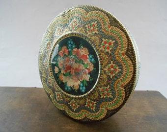 Vintage tin box Tin Container Round Storage tin box with flowers Shabby tin box Round floral tin box