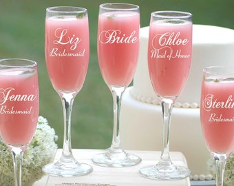 Bride and Bridesmaid Champagne Glasses, 12 Monogrammed Bridesmaids Gifts, Personalized Champagne Flutes, Maid of Honor Gift, Bridesmaid Gift