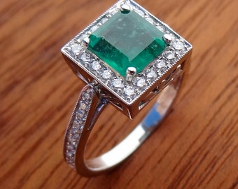 Natural Emerald with Diamonds Engagement  Ring 18k White Gold Vintage / Antique Style