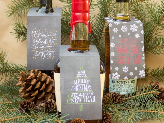 Chalkboard Gift Tags, Wine Bottle Gift Tags, Hostess Gift Tags, Holiday Presents, Bottle Hang Tags, Christmas Gift Tag, Bottle Labels