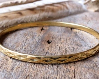 Clearance Sale -Diamond pattern gold bangle Diamond Texture Gold bangle