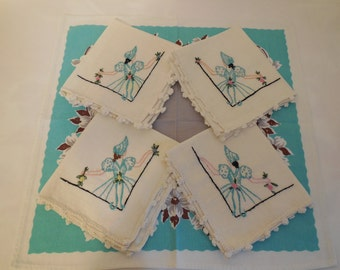 Adorable Embroidered Napkin Set, VTG Cotton Napkin Set of 4 w/maidens in pretty dresses & bonnets, Exceptional Hand Work!!
