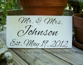 Mr and Mrs Reception sign | wedding photo prop | Newlyweds | Bride and Groom | Established sign | Wood Wedding sign | Wedding date
