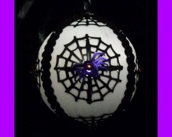 Spider Web Ornament - White