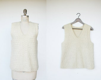 Vintage winter white wool vest / pullover vest: size small / medium