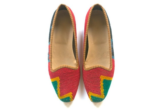 Kilim shoes. US size 5 (EU size 35)