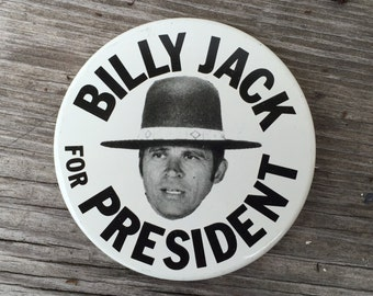 """1970s Movie promo  """"Billy Jack for president"""" original vintage button pinback pin Deadstock New old stock decorate Jean Jacket Flair m162"""
