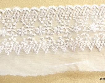 White Net Trim With Floral Embroidery, 10.5 cm wide - 041203L70