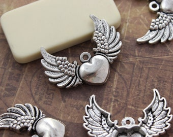 5 Heart Wings Charms Antiqued Silver Tone 35 x 27 mm