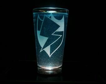 Flash Sentry Cutie Mark - Pint Glass