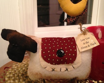 """Primitive Handmade Sheep with Blanket and Wire Moon """"Love You To the Moon and Back"""""""