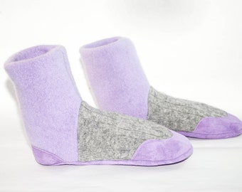 Kids Cashmere Shoes, Children Cashmere Slippers, Youth Cashmere Mukluks, New and Improved Design:   Kids 7.0 - 8.5.   Violet