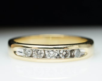 SALE - Vintage .25ct 5 Stone Diamond Wedding Anniversary Band Ring in 14k Yellow Gold - Size 7
