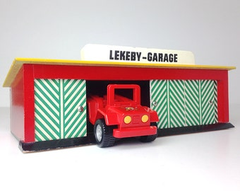 Vintage Toy Garage / Red Yellow Green stripes / Sweden 70s