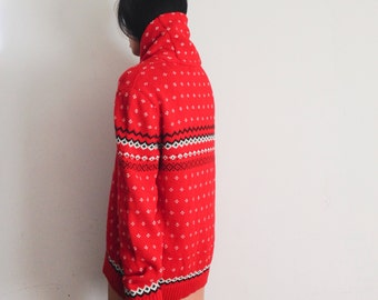 Red holiday print oversized sweater