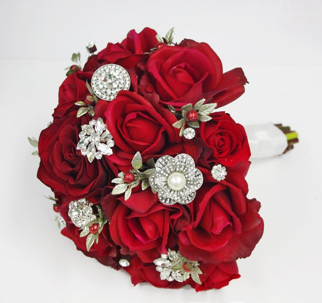 Christmas Wedding Bouquets And Flowers: Christmas Red Silk Brooch Wedding Bouquet Natural Touch