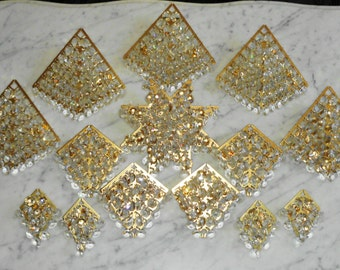 Vintage Antique Crystal Glass Screw in Place Prism Plate replacement Parts - Over 480 Prisms