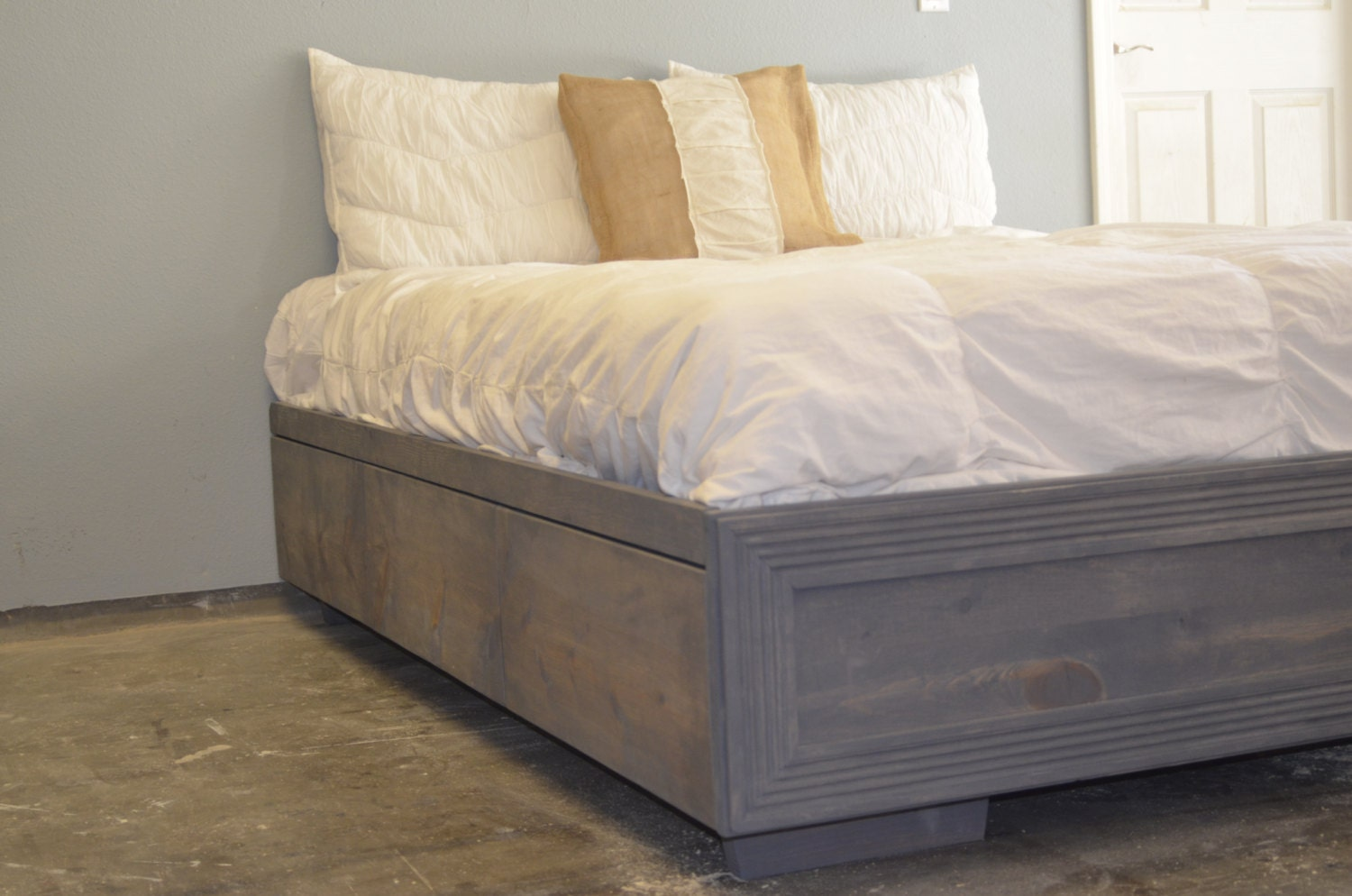 How to raise a bed frame off the floor easy diy platform for How to raise your bed frame