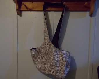 Hobo bag. Black, white and grey geographical, black reversible