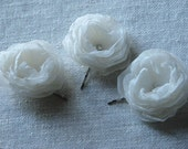 Set of 3 ivory hair flowers Ivory hair clip Ivory bridal Wedding ivory flower 3 Ivory hair flowers Ivory hair piece 2.5 inch hair flowers