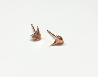 14kt Rose Thorn earring, thorn earrings, rose thorn studs