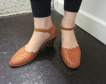 70s Woven Leather Sandal with Heels Wood Stacked Heel Size 8.5 Made in Brazil Tan Leather