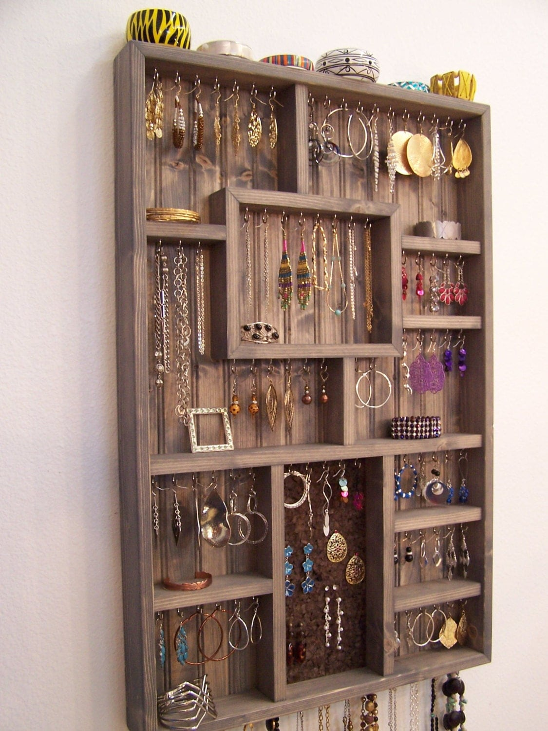 Wall jewelry display case jewelry organizer large grey for Jewelry displays
