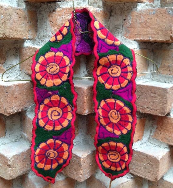 Mexican machine embroidered belt with colorful flowers
