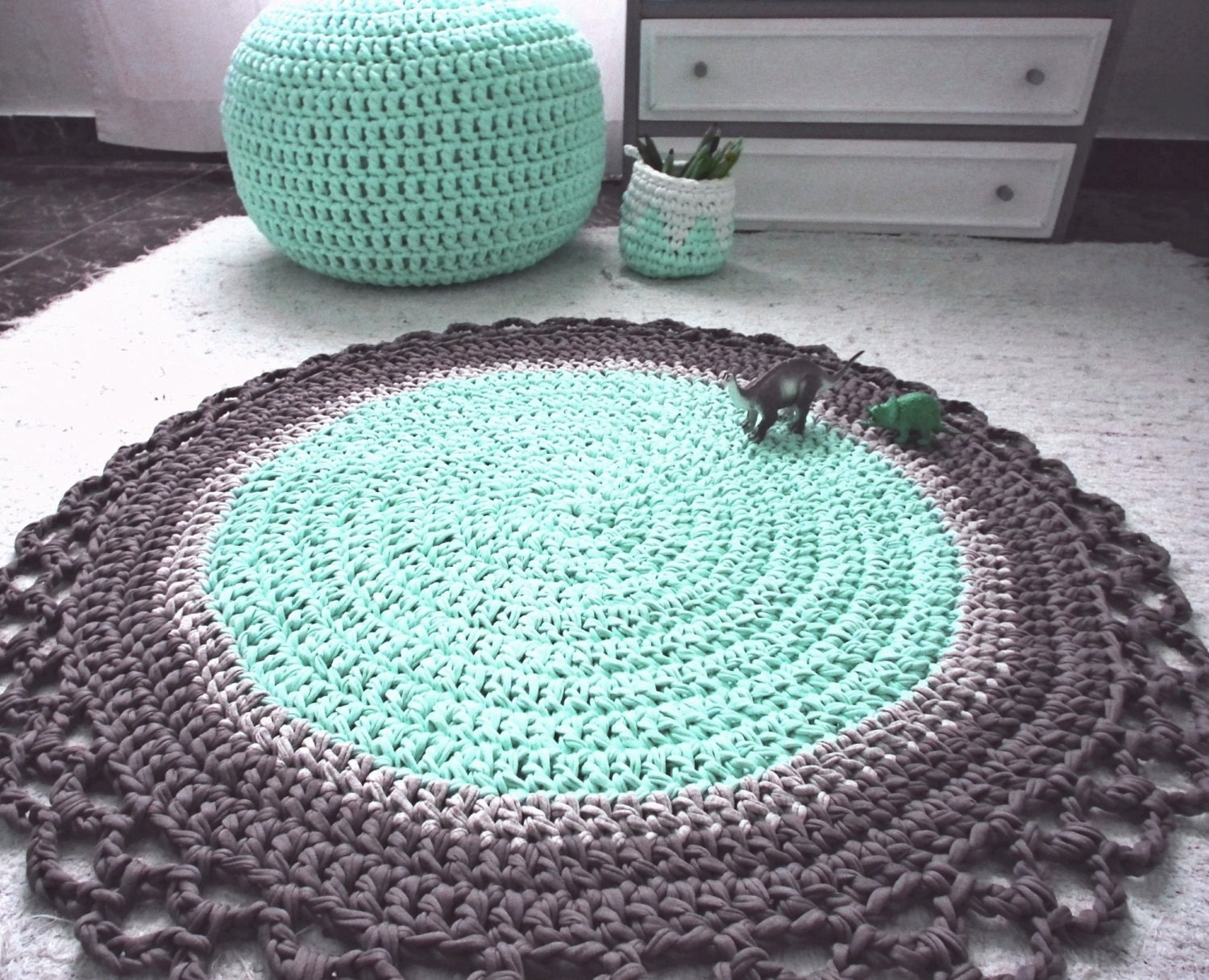 Crocheting Round Rugs : Crochet Round Rug Babyrooms Round Rug Nursery by LoopingHome