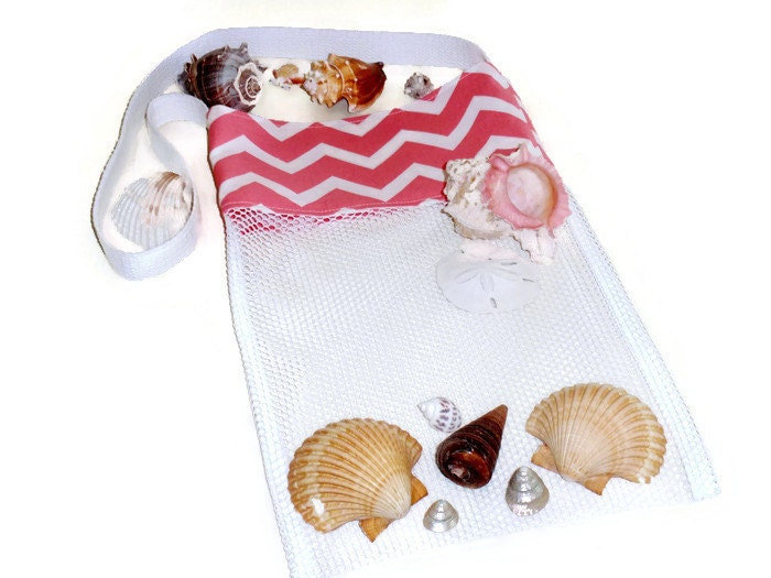 Mesh beach tote kids shell tote peach chevron seashell bag for Bag of seashells for crafts