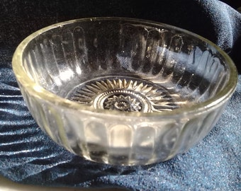 Small Vintage Glass Bowl Ribbed Sides with Intricate Star Bottom
