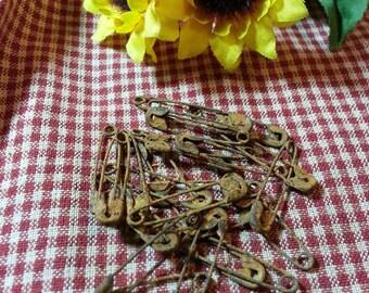 "1-1/8"" Rusty Safety Pins - 25 pcs - Rusty Tin"
