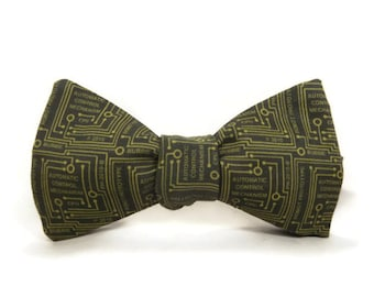CPU bowtie, Computer bowtie, circuit board bowtie, programmer bowtie, computer programmer, olive green gold, circuits, motherboard, mens tie