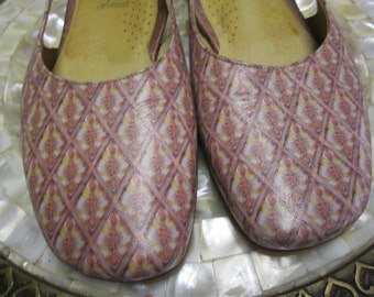 Shoes, Icon, Leather ITALIAN made, size 5 1/2, Tapestry-like design,Sacchetto