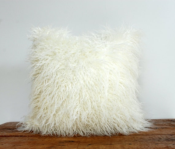 Faux Fur Pillow Cover Curly White Shag by MadeOfClothShop on Etsy