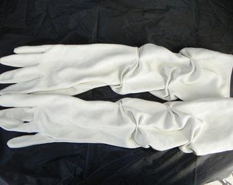 Vintage Cream Polyester Evening Gloves