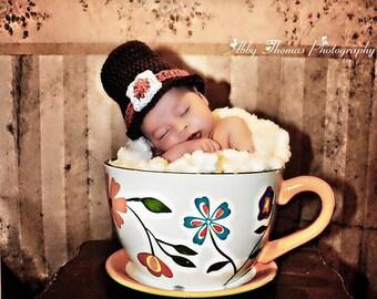 3-6 Months:  Adorable Thanksgiving Pilgrim Baby Hat