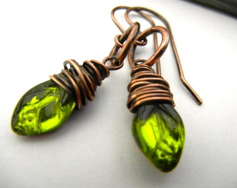 Rustic Green  Leaf Dangle Earrings - Oxidized Copper - Nature and GardenLovers
