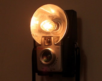 Antique Camera Nightlight - Kodak Brownie Starflash