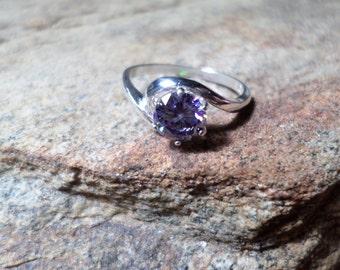 Strontium Titanate Ring,Lab Created Orchid Strontium Titanate,Purple Ring,Fine Jewelry,Man Made Stone,
