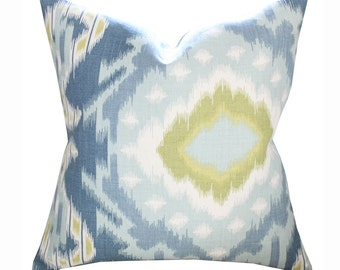 "20"" Schumacher Kiribati Ikat Pillow Cover in Aquamarine"