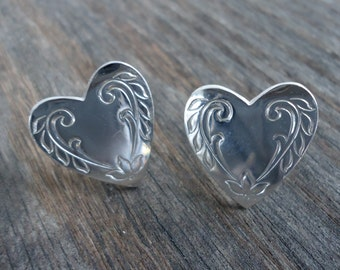 Silvertone Vintage Heart Cuff Links