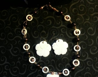 Flower Shell Beaded Necklace with Matching Flower Shell Earrings