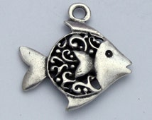 1 Mykonos Fancy Fish Pendant - Pewter Greek Casting - 30 mm