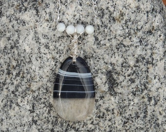 Agate and silver wire wrapped necklace