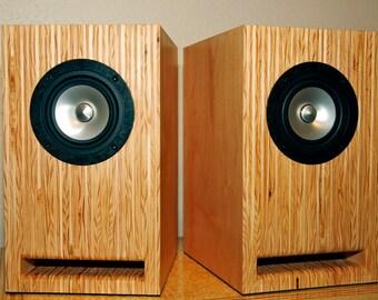 Layered Maple Plywood Speakers  Handmade Full Range Bookshelf/Stand mount Speakers