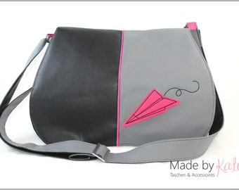 "Bag, purse - ""paperplane"" grey/black/pink faux leather"