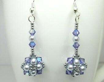 Tanzanite crystal earrings, swarovski earrings, purple earrings, beadwoven earrings, pearl earrings, ER013