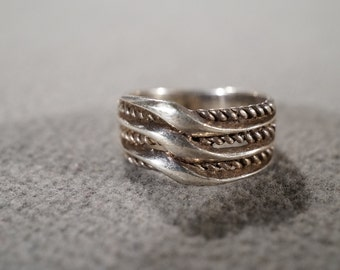 vintage sterling silver fashion band ring with three bands of rope designs, size 5   M2